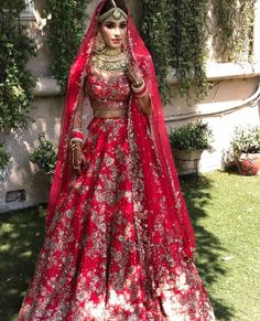That stunning lehenga is reminding us of cool raspberries in this hot weather! Browse through MILLION lehenga images on the