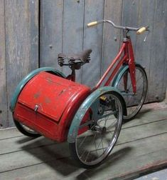 Mine had Wee Willie Winkie on the boot! Retro Toys, Vintage Toys, 1950s Toys, 1960s, Childhood Toys, Childhood Memories, Mobiles, Make Up Storage, Vintage Bicycles