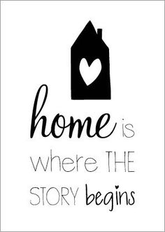 Zwart wit postkaart A6 home is where the story begins