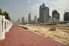 Safa Park Dubai Baustelle mit Skyline im Hintergrund