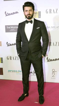Fawad Khan at Grazia Awards 2016