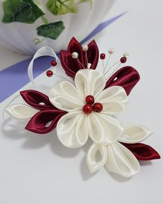 Kanzashi Flower Hair Clip or Brooch от IwoRossa на Etsy