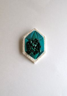 Geometric emerald green brooch embroidered by AnAstridEndeavor