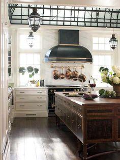 Amazing island and gorgeous vintage-look stove & hood: HGTV