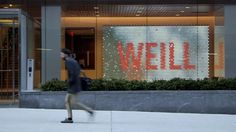 Weill Cornell Discovery Wall. A UK-designed, wall-sized digital artwork created from thousands of tiny screens and lenses forms the centrepi...