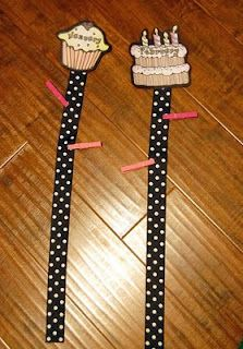 Love this idea for alternate to a birthday chart. Names and dates on clothespins and voila you're done and takes up less space.