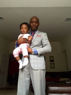 """Daddy, picture?"" #MadisonGraceWilliams #Fatherhood"