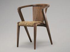 Деревянный стул-кресло в гостиную - PORTUGUESE ROOTS - http://mebelnews.com/derevyannyj-stul-kreslo-v-gostinuyu-portuguese-roots