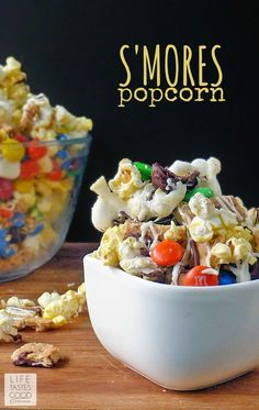 This delicious recipe for S'mores Popcorn is sure to put a smile on your little one's face. But then again, with a combination of chocolate candies, mini-marshmallows, and graham crackers—what wouldn't?