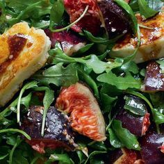 Fresh Figs or Pears with Halloumi and Rocket - The Happy Foodie