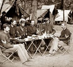 Union Soldiers Eating a Meal