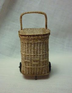 Dollhouse Miniatures : Basketcase Miniatures  Share, Repin, Comment - Thanks!