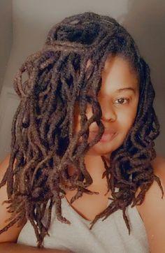 Dreadlock Hairstyles, Weave Hairstyles, Natural Hair Weaves, Natural Hair Styles, Nattes Twist Outs, Female Dreads, Dreadlock Rasta, Jah Rastafari, Locs Styles