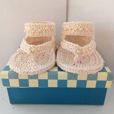 Link in bio for the shop Scarpine calzine bambina neonata 3 6 mesi fatte a  mano a uncinetto crochet  abbigliamento  bambini  battesimo  ceremonydress  ... 6c580e42cef