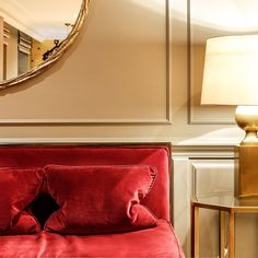 Situated in the beating heart of Mayfair, London, Flemings is a true gem that provides everything a city break should, just with a lavish twist. At Bertram's Hotel, Color Pop, Colour, Mayfair London, London United Kingdom, City Break, Agatha Christie, 1930s, Travel Inspiration