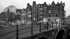 #Amsterdam #Bridge #HulplijnAmsterdam