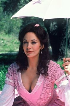 North and south - Lesley-Anne Down è Madeline Fabray LaMotte Old Hollywood Movies, Hollywood Actresses, Actors & Actresses, Classic Actresses, British Actresses, Beautiful Film, Beautiful People, Beautiful Person, Beautiful Celebrities