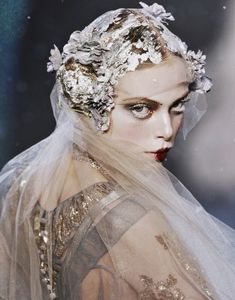 Tanya Dziahileva at John Galliano Fall/Winter 2009 Closing Look, Number 30 Detail John Galliano, Galliano Dior, Tanya Dziahileva, Miss Havisham, Art Visage, Ethereal, Editorial Fashion, Paris Fashion, Fashion Fashion