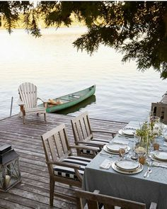 10 Stunning Outdoor Areas For Al Fresco Living There's just something about a lake house and a dock side spot to eat. The post 10 Stunning Outdoor Areas For Al Fresco Living appeared first on Architecture Diy. Outdoor Areas, Outdoor Rooms, Outdoor Dining, Outdoor Decor, Outdoor Life, Lake Cottage, Cottage Living, Coastal Living, Living Room