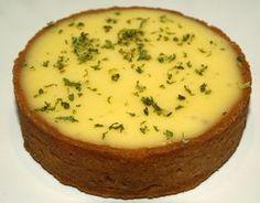 TARTE CITRON VERT / BASILIC de Jacques GENIN (Pour 10 P : pate sucrée : 140 g de beurre, 100 g de sucre glace, 25 g de poudre d'amandes, 47 g d'oeufs, 1/2 gousse de vanille, 250 g de farine T45, sel) (CREME : 165 g d'oeufs, 170 g de sucre, 3 zestes de citron vert, 20 g de feuilles de basilic, 180 g de jus de citron vert, 200 g de beurre)