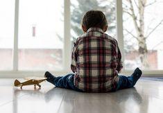 Negligencia Emocional es el fracaso de los padres a responder suficientemente a las necesidades emocionales del niño.