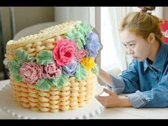 How to make a Basket of Flowers Cake - YouTube