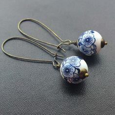Kidney hook china blue earrings