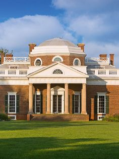 Tips for what to see and do at Thomas Jefferson's Monticello in Charlottesville, VA. Monticello Thomas Jefferson, Monticello Virginia, Thomas Jefferson Home, Charlottesville Va, Sally Hemings, University Of Virginia, Maine House, Virtual Tour, Deco