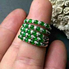 Jade Jewelry, Gems Jewelry, Gothic Jewelry, Indian Jewelry, Diamond Jewelry, Jade Ring, Beaded Ornaments, Emeralds, Gemstone Rings