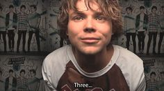 the adorable thing Ashton Irwin does when he says words that start with a 'T'