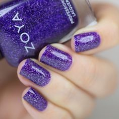 Zoya Finley We've all been crazy for years for everything Zoya scatter holo, so basically Storm, Dream, Aurora and Payton, so yay for us, because they decided to release a couple more shades in this finish. :)The Urban Grunge collection has 3 scatter holos, let me show you 2 of them today.FinleyFinley…