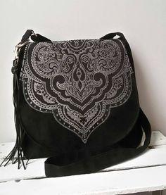Sac noir de soirée oriental Oriental besace sac à bandoulière toile Vegan sac pochette de soirée Boho pompon sac Hippie sac du Festival