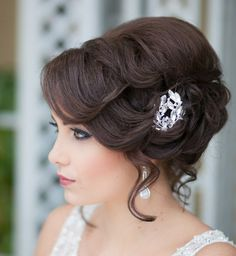 mittellange haare trendfrisuren welle pony seitlich tragen frisuren pinterest hochzeit. Black Bedroom Furniture Sets. Home Design Ideas