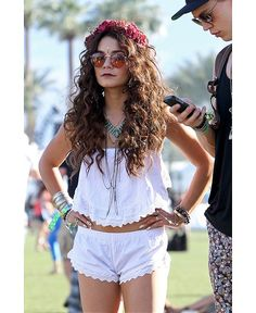 Vanessa Hudgens at Coachella SHE LITERALLY LOOKS EXACTLY LIKE LORDE WHAT A COPYCAT