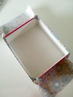 Comment réaliser une boîte de rangement en tissu? – Mon Totem Organizing Hair Accessories, Dyi, Diy Crafts, Projects, Handmade, Home Decor, Instagram Twitter, Condo, Scrap