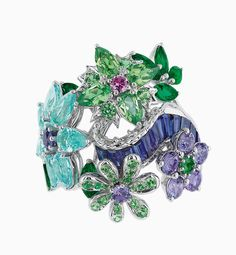 Searching for gemstones is really a precious stone can be very emotional. Dior Jewelry, Jewelry Gifts, Jewlery, Dior Haute Couture, Sailor Moon Wedding, Family Jewels, Graphic, Beautiful Rings, Precious Metals