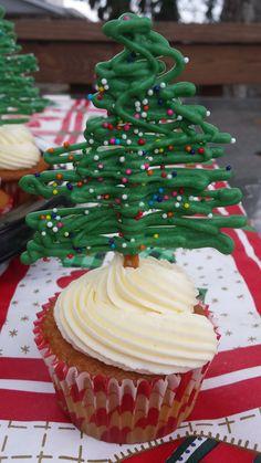 Christmas Tree topped cupcakes