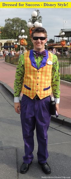 A Magic Kingdom cast member dressed for Mickey's Not So Scary Halloween Party - a special after-hours event help every September and October at Disney World. Disney World Halloween, Scary Halloween, Halloween Party, Halloween Costumes, Disney Tips, Disney Parks, Disney World Resorts, Walt Disney World, Disney Cast Member