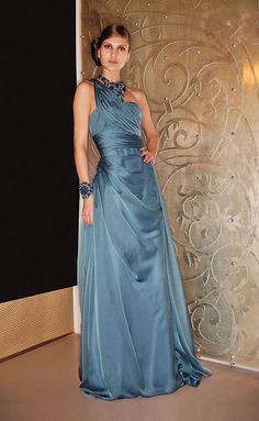 Summer gown for the Lady of the Eyrie, Reem Acra