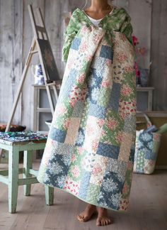 Two quilts to make using fabric lines from Norwegian Tilda's World. But stashbusters can use some of the bigger chunks remaining from their finished projects. Painting Flowers is created using 2 blocks made from 4 patches.