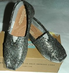 TOMS Women's Classic Silver Glitter Wool Shoes Size 6  #TOMS #LoafersMoccasins #CasualFootwear