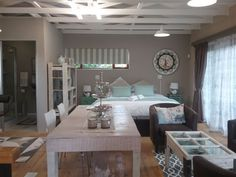 Milly's Touch Bed and Breakfast Studio - Milly's Touch Bed and Breakfast Studio is situated in the leafy suburb of Wilgeheuwel in the city of Roodepoort.  The studio is open-plan with two single beds or a king-size bed, an en-suite bathroom, ... #weekendgetaways #johannesburg #southafrica