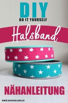 Instructions: Sew your own dog collar out of fabric-Anleitung: Hundehalsband aus Stoff selbst nähen Sew your own dog collar made of fabric – sewing instructions www. Diy Pet, Diy Collier, Diy Dog Collar, Young Animal, Cat Supplies, Dog Costumes, Cat Furniture, Dog Coats, Dog Accessories