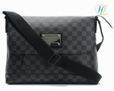 ed00d7bf57db9 Louis Vuitton Men Bags