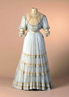 """Day dress, Doucet, no date. Pastel blue silk gauze and embroidered machine tulle. The museum's caption refers to the """"day bodice,"""" so perhaps there was an evening bodice, too. Mode Museum, Hasselt"""
