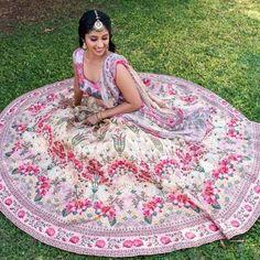 Stunning Anita Dongre Lehengas Spotted On Real Brides Pink Bridal Lehenga, Floral Lehenga, Blue Lehenga, Wedding Looks, Wedding Tips, Wedding Outfits, Mehendi Outfits, Emerald Green Dresses, Anita Dongre