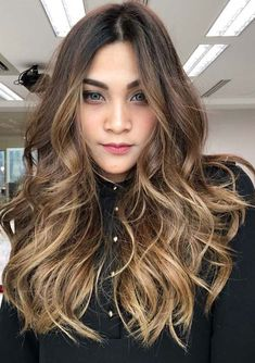 35 Perfect Bronde Balayage Hair Colors for 2018. Looking for absolutely stunning trends of hair colors to apply right now? You can see here the amazing collection of bronde balayage hair colors &  highlights to sport in this year. These are one of those hair colors which can be used for every hair texture. You have to browse this post to get the ideas about this color.