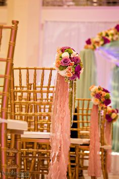 colors: magenta, peach, green and ivory