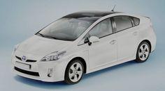 2018 Toyota Prius Hybrid Review