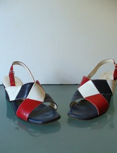 Vintage Made in Italy Socialites American Flag Sandals Size 7M